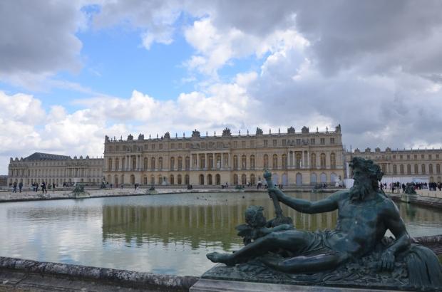 4.8.16 Versailles - fountain